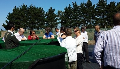 Mandy Home from NIWA (left), discusses the macrophyte restoration project at Taumutu.